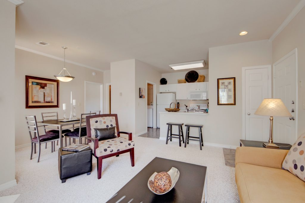 Lincoln Villas On Memorial Apartment Homes Apartment Magz